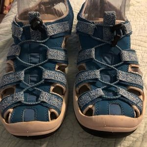 LL Bean water shoes/ sandals size 9